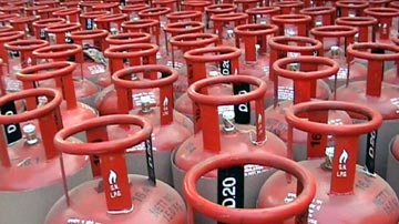 Authorized LPG Distributors of a Well Known PSU Oil Major With Assets Godown and Vehicles