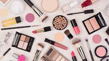 Looking For An Investor For Fashion And Makeup Studio
